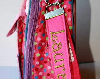 Monogrammed Lunch box tag / Personalized Zipper Pull /  Backpack tag /   Book bag tag