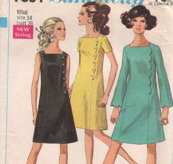 """Vintage 60s Sewing Pattern MOD A-LINE Lined Dress Square Neckline Scalloped Front Simplicity 7894 - size 14 - bust 36"""" (91.5 cm)"""