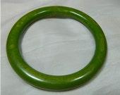 VIintage Marble Green BAKELITE Bangle BRACELET
