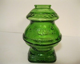 Winter Time Country Potbelly Stove Green Glass Bank Wheaton NJ Perfect for the Country Home Decor or Bank Collection VG Condition Rare Find