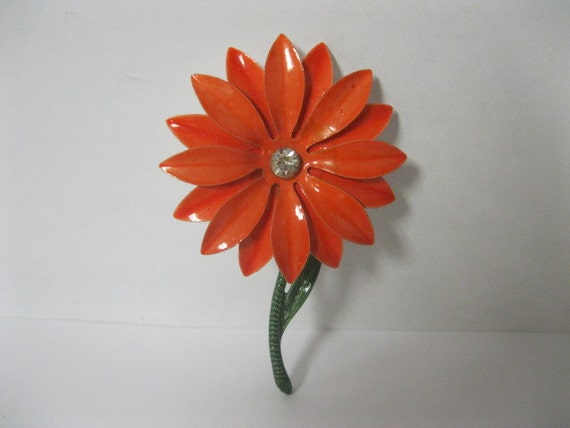 Enamel Pin SALE PRICED With Rhinestone Crystal Center 60s Vintage Flower Pin Lovely Nostalgic Piece