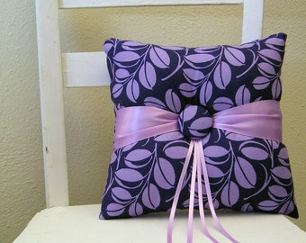 Navy and Lilac Leaves Ring Pillow