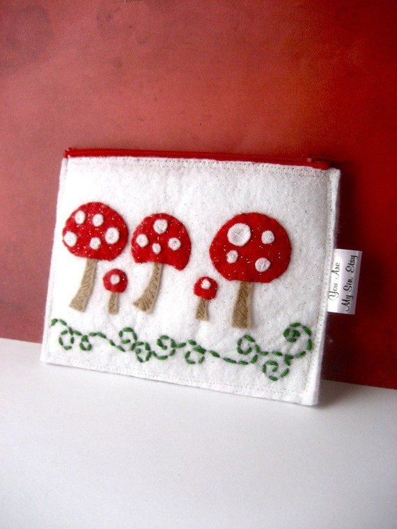 Mushrooms Wonderland Cute Felt Zippered Pouch