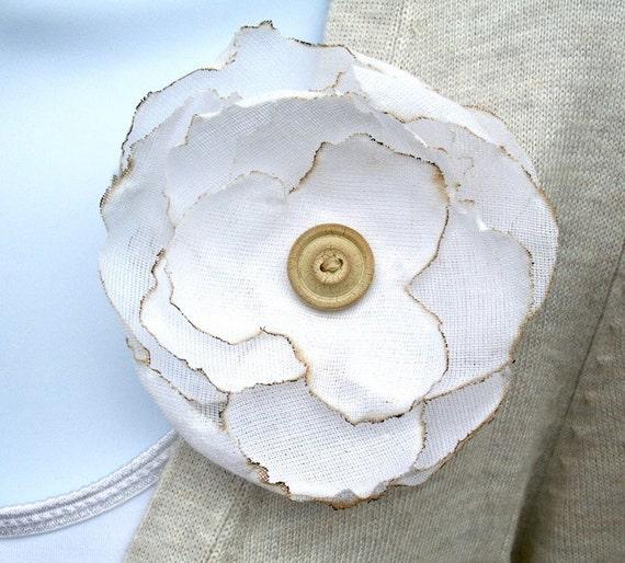SALE White Flower Brooch: Sandy Beaches
