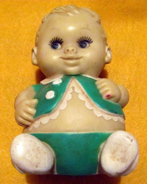 Vintage 1968  Plumpee doll by Uneeda Doll Company