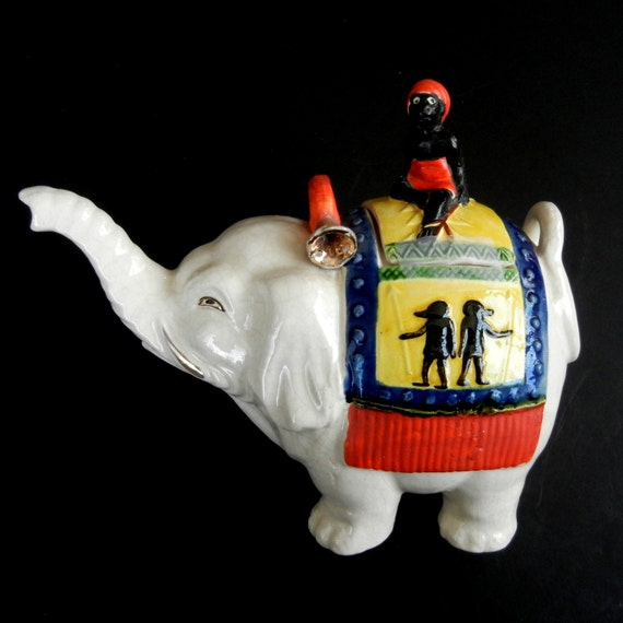 "Elephant Tea Pot  //  Way Too Adorable to Describe  // Japan //   6 3/4"" h   x   7 3/4"" w  x  4"" d  //  mke12"