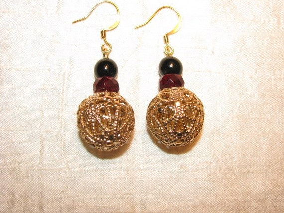 Gold Red Black Vintage Costume Jewelry Laurant Earrings
