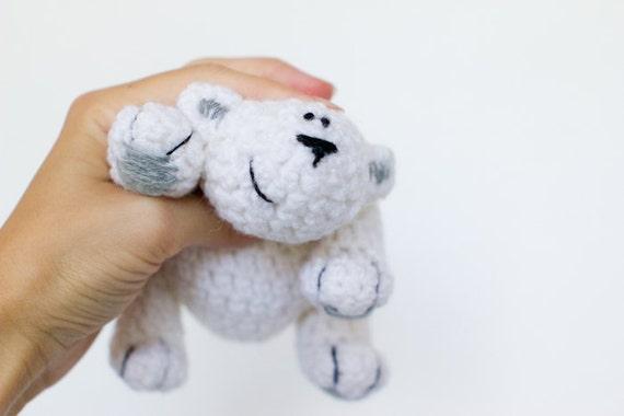 Lars - white bear