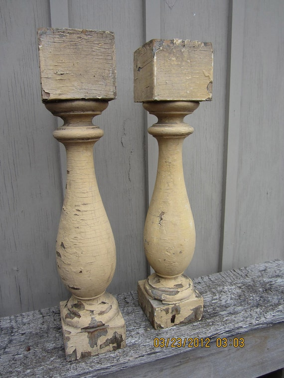 Pair of 2 antique wood chippy shabby Ballusters front porch cream posts turned
