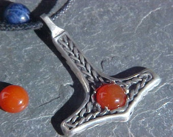 THOR  Hammer Mjollnir with 7.5 mm CARNELIAN  cabochon  stone set in Sterling Silver Celtic design