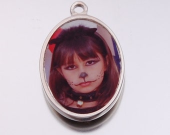 Personalized Oval Photo Pendant