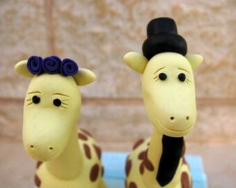 giraffe love - wedding cake topper