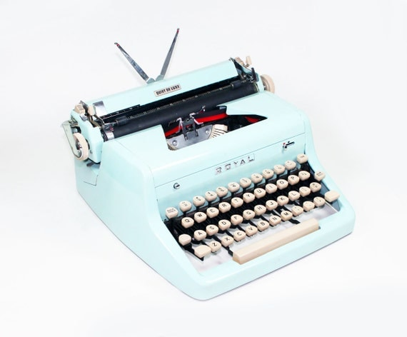 Vintage 1955 Baby Blue Quiet De Luxe Manual Typewriter