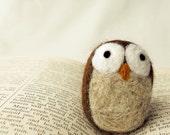 Needle Felted Oscar the Owl Wooly Handmade (1)