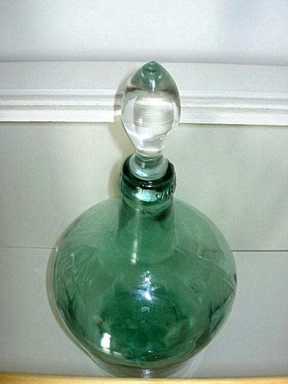 Viresa Green Glass Wine Bottle Jug With Glass Stopper 16 Inch