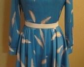 1970's feather print dress