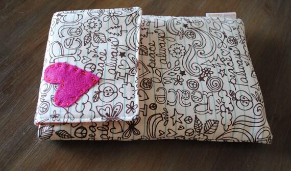 kindle. nook. e reader cover. doodle love.