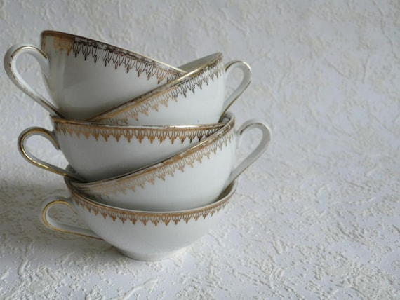 Vintage cups, mid century,  winterling bavaria, German, 50s,white and gold,, French vintage finds by ancienesthetique