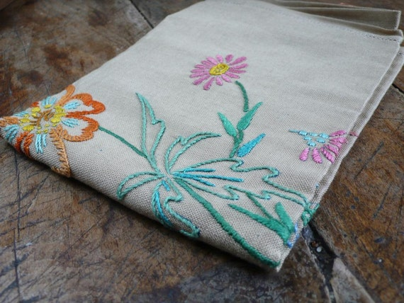 Vintage cotton cloth, table mat, fabric, tablecover, hand embroidered, welsh, garden scene, 1930s,  handmade,  French vintage