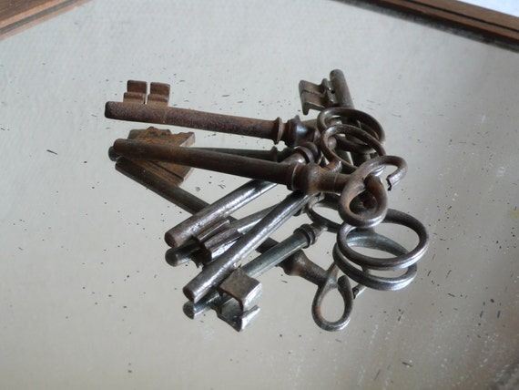rusty Antique keys, french, metal, heavy, iron, supplies, mixed media, steampunk jewelry, antique,  altered art, French