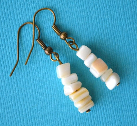 Natural Mother of Pearl Shells . Earrings