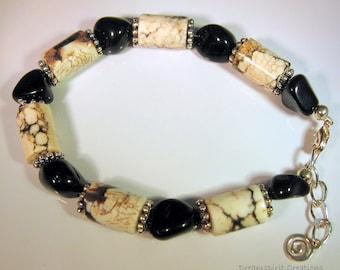 Bracelet, Onyx and Natural Magnesite