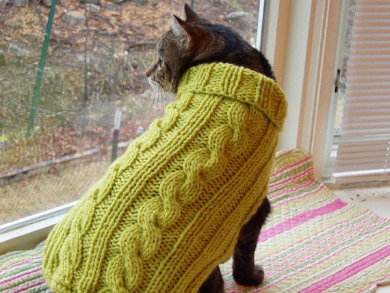 "Dog or Cat Sweater Hand Knit Cable Lemmongrass Medium 14"" Long"