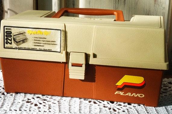 vintage plano tackle box model 2200