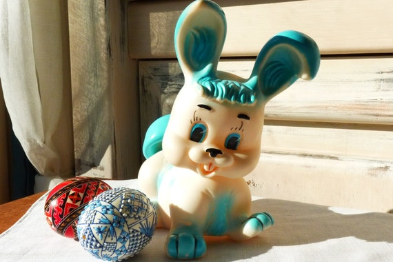 Vintage Rubber Squeaky Toy Bunny Rabbit By Famosa Made In Spain, Circa 1960s, Collectible
