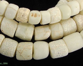White Greenhearts Venetian Trade Beads Old African 28487