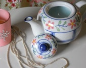 Soy Teapot Candle - Free Gift With Purchase