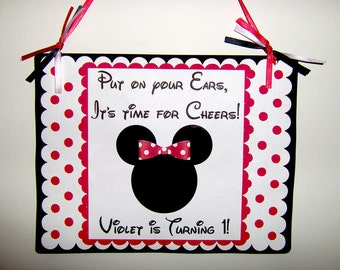 Minnie Mouse Door Sign in Red