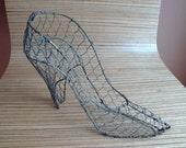 Vintage Metal Wire Women's Shoe