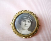 20s Brooch // Memory or Mourning Brooch // Antique Photo Pin // No Shipping Charges