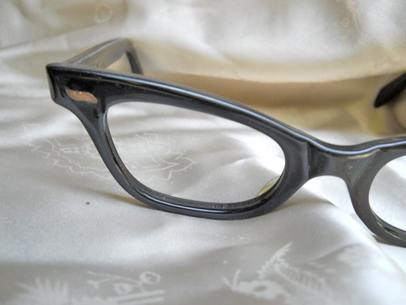 Eyeglass Frames // Vintage Eyeglasses // Black Modified Cateye // 60s // NO Shipping Charges