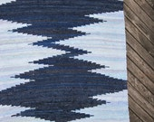Hand woven rag rug - 3.5 x 7.81' ,,Dark blue, light blue, zigzag'' MADE TO ORDER