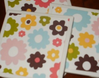 Sale...Retro Flowers Tile Coasters...Set of 4...For Drinks or Wine