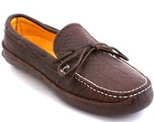 Mens Moccasin Deerskin Lined Buffalo Hide Canoe Moc in Chocolate