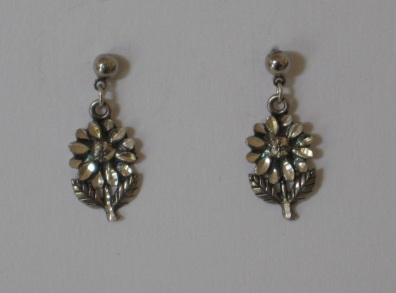 Beautifully Detailed Sterling Silver Flower Earrings