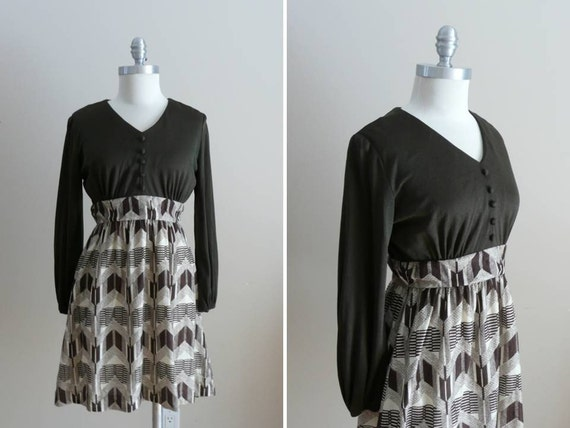 Vintage 1960s Dress in Army Green Khaki Brown and Cream