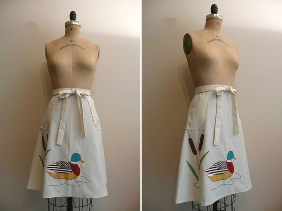 Vintage 1970s 1980s Wrap Skirt Duck Applique