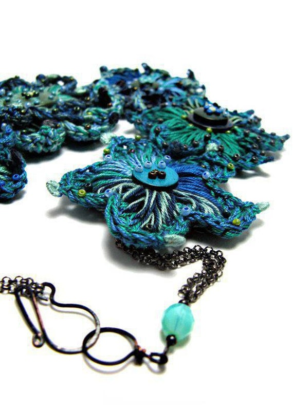 20 % off coupon code: flowersale12 Crochet Flower Necklace ocean blue turquoise blue statement necklace