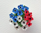 Miniature flowers for the Diamond Jubilee, 4th July doll's' house, in 12th, one inch scale.