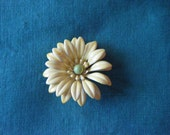 vintage yellow enamel flower brooch