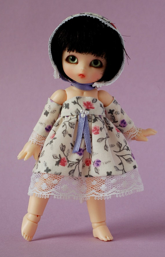 Lavender Roses - ooak romantic cotton dress and bonnet with extra sleeves for Puki piki