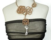 """Necklace """"The Key"""" Flowers"""