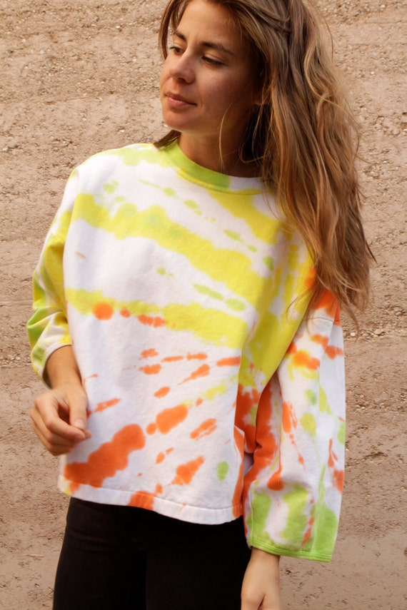 90s BOXY tie dye CROPPED sweatshirt bright spring SLOUCHY oversize top