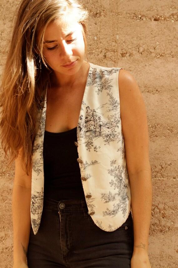 SILK victorian classic simple CREAM ornate detail vest