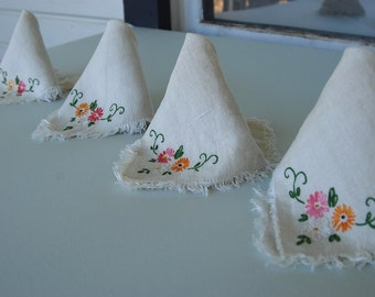 Vintage Embroidered Linen Napkins Set of 4