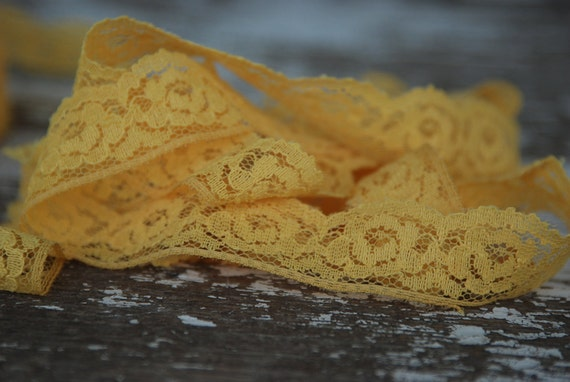 Sunny Yellow Vintage Floral Lace Trim 10 1/2 yards
